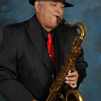 Band Sax Vic Robles